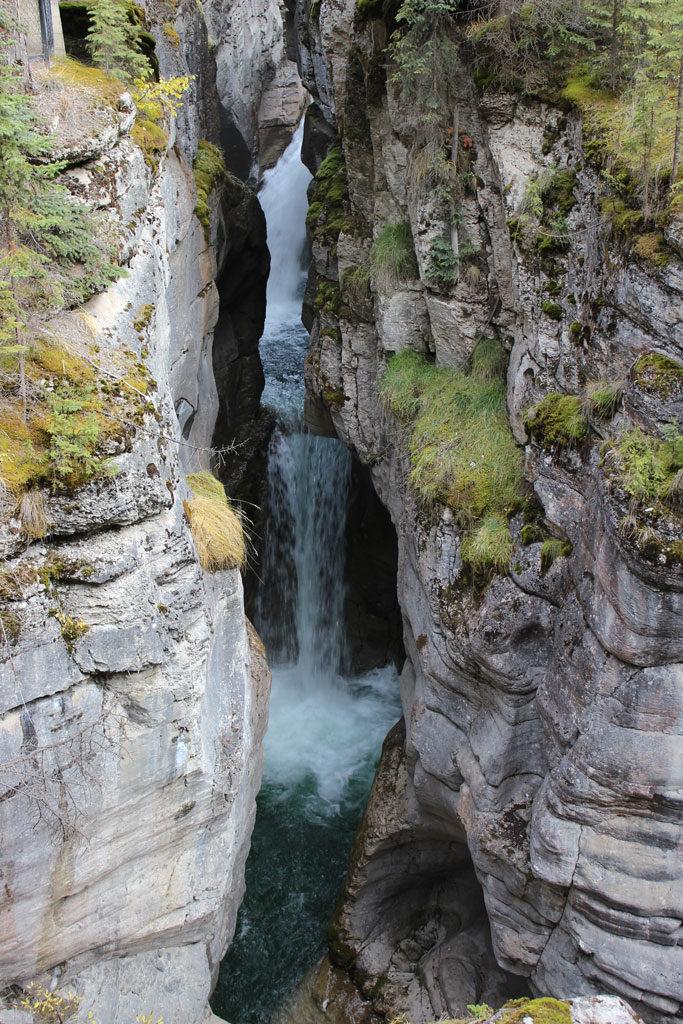 Maligne Canyon dans les Rocheuses près de Jasper