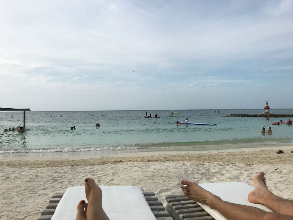 Chill sur Isla Mucura en Colombie